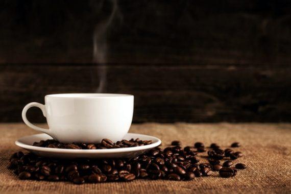 Świeżo zaparzona kawa